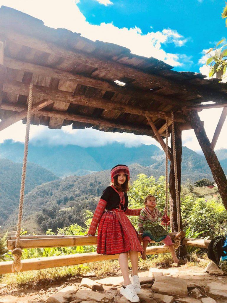 chụp ảnh đẹp ở sapa với trang phục dân tộc
