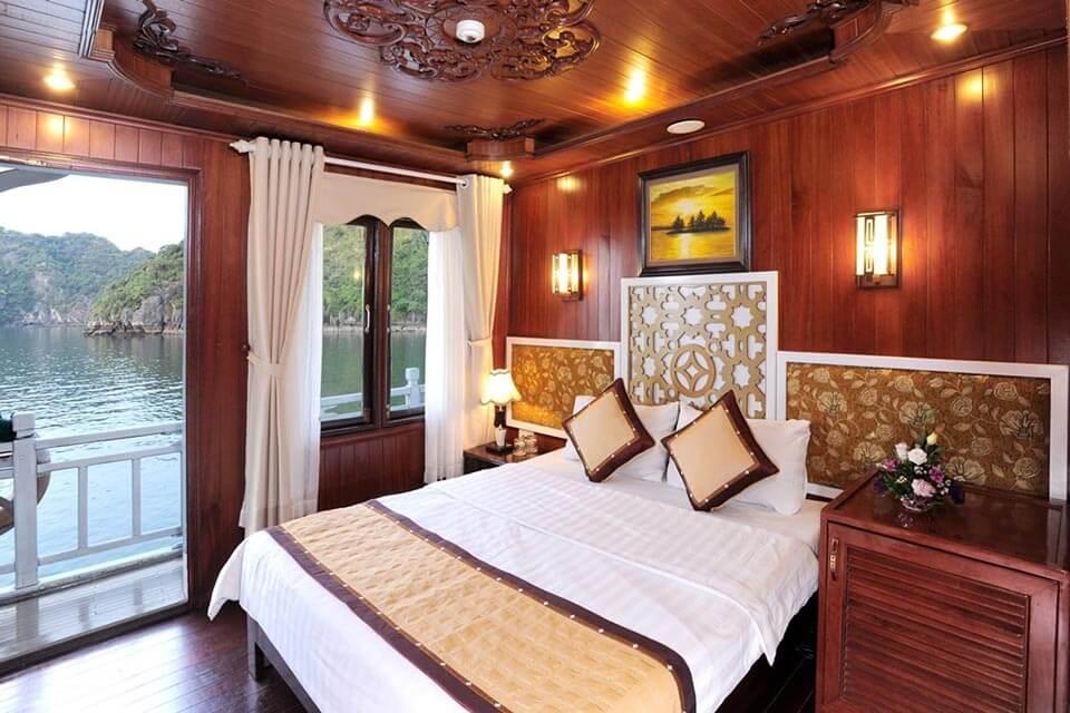 ngủ đêm trên tàu hạ long