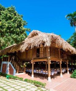 nhà sàn may tropical villa ba vì